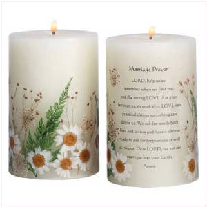 33080scentedmarriageflowercandle.jpg